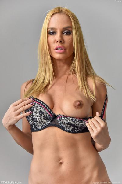 Blond untamed milf panty and underware photo shooting