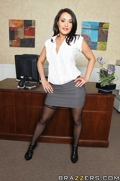 Charley is a fabulous hotty who is perfect at her job, but her fashion sense can be described as awful at best! Tired of having such a lame assistant, her boss buys her some decent outfits and makes her case  in his office. Charley into the attention and
