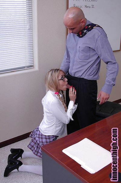 Fairy oriental in glasses Kat gives a sloppu and vast dick sucking