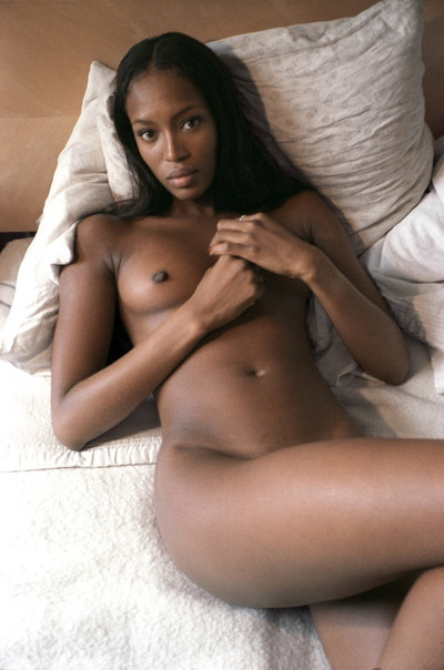 Without clothes black celebrity naomi campbell posing in public