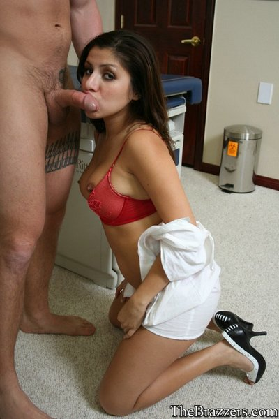 Latin nurse Sativa Rose exposed to underware and plugged with a 10-Pounder