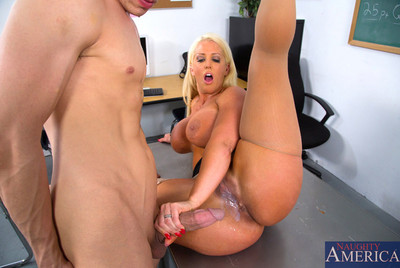 Alura Jenson settles on to screw her student and seduces him with her tough scoops and massive booty.