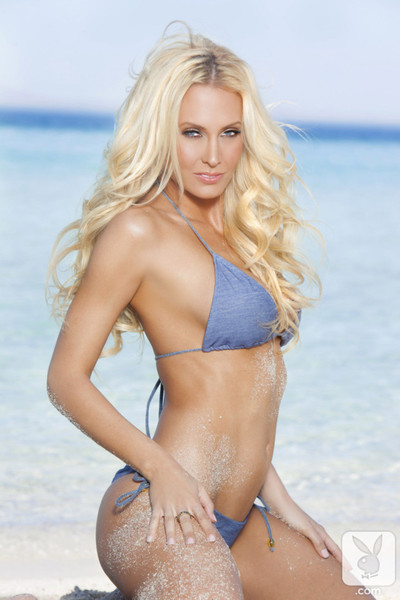 Fairy-haired lass jennifer vaughn posing on beach for playboy