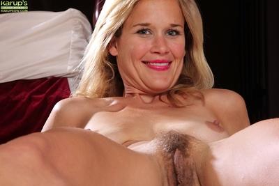 Undressing session featuring admirable milf Katherine Jackson