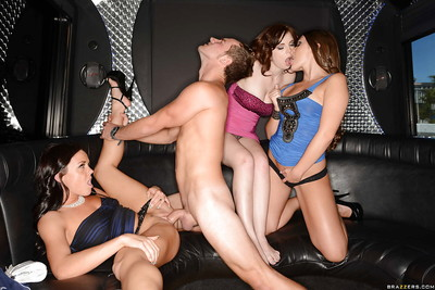Damp groupsex munch with Abby Cross, Mary Jane Mayhem, Rahyndee James