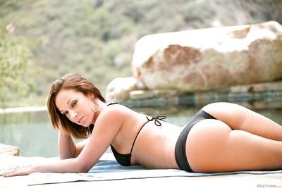 Corporeal dark hair Anikka Albrite is posing undressed outdoors on camera