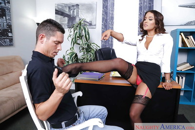 Pornstar Mila Marx giving and receiving oral-sex sports in office