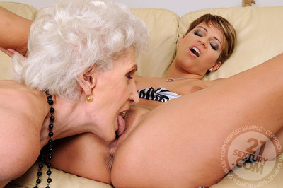 The approximately everyone ecstatic sticky milfs and lusty matures full around some mind-blowing woman-on-woman se