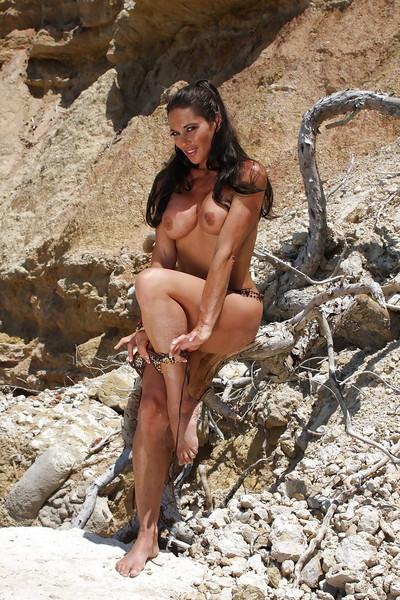 Pornstar lass Ayla Di Pietro showing off calm hooters and anus outdoor