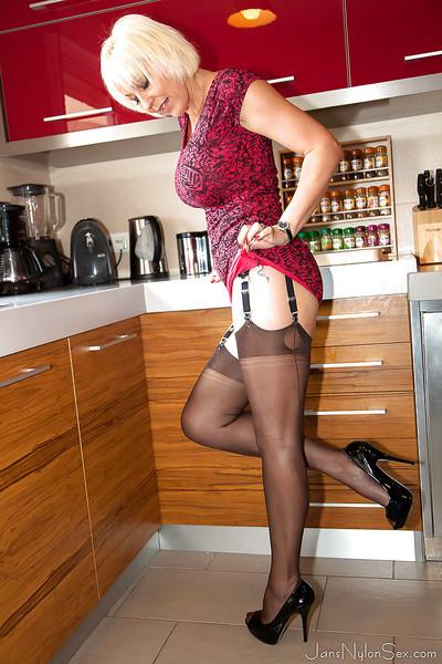 Grandpa nylon case Jan Burton parts feel like legs for gentile widening in kitchen