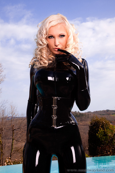 Savoury Fucking-rubber Crooks with 52 alluring latex pictures.