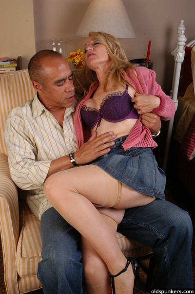 Elderly fairy in pantyhose and denim petticoat takes facial cum flow later giving bj