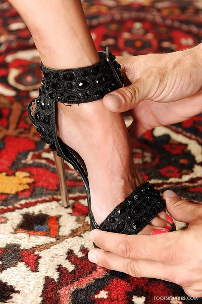 Delightful foot fixation wench has some hardcore liking with a hung mate