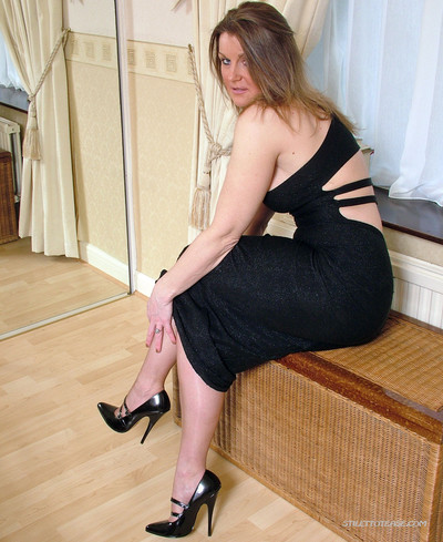Moist milf jackie wears high heels and  are a pure obsession wit