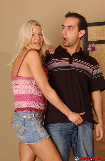 Well-stacked golden-haired MILF gives a carnal facefucking and purchases shagged tough