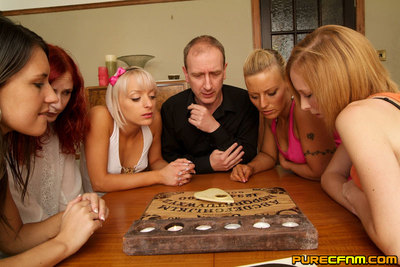 Queens fix the seance so they can disrobe and milk a boy