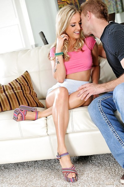 Youthful queen Karla Kush is deed an admirable oral sex to a mammoth 10-Pounder