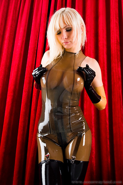 Susan Wayland in Soggy Shiny Latex Layers with 99 fabulous latex pictures.