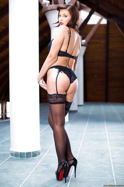 European pornstar Anna Polian strikes hot solo pose in underware and heels