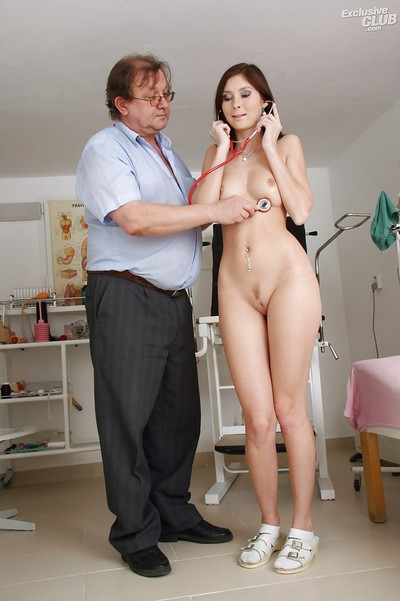 Charming amateur vixen Kattie Gold likes fixation and visits to her gyno