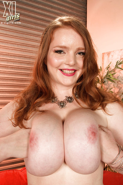 Damp fatty Contessa Rose provides the top views on her hulking juggs and high heels
