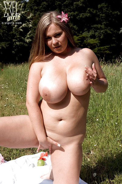 Mammoth titted plumper gains as mother gave birth on the picnic and masturbates fiercely