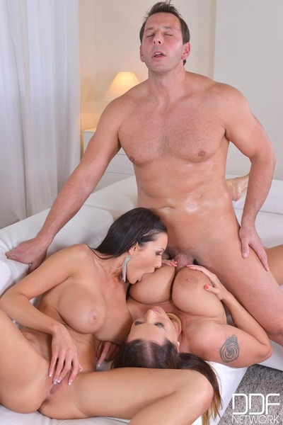 Buxom mamacitas engulf cock, play with tongue muff and face sit stud whereas Male+Male+Female act of love