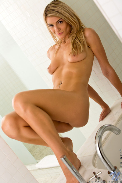 Elegant amanda tate benefits from lewd and as was born in the shower-room