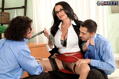 Full-grown ass-drilling Male+Male+Female smoking with glassed boss rita daniels