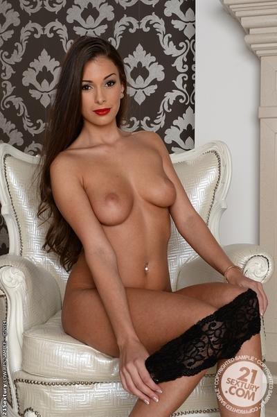 European hottie with stiff anus Lia Taylor stroking in underclothes