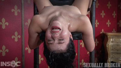 Insignificant fucking sub yhivi is fixed firmly with a sybian on her clitoris and cavernous throated!