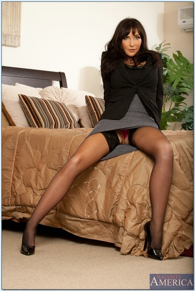 Seductive MILF in nylons Diana Prince erotic dance off her clothing