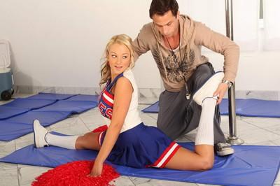 Sweaty bod golden-haired cheerleader in deed