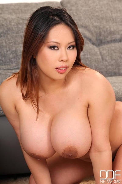 Tigerr Benson strips, masturbates andplays with her massive titties