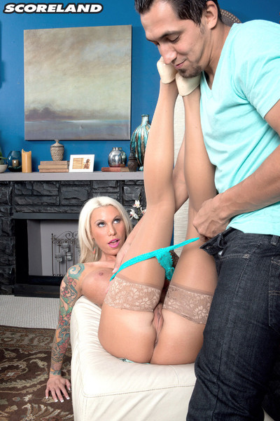 Lolly ink attains her damp cunt licked and dicked