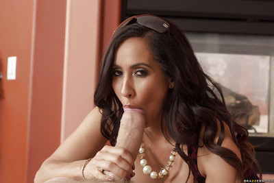 Lalin girl milf Isis Love is getting a heavy knob in her maw on live camera