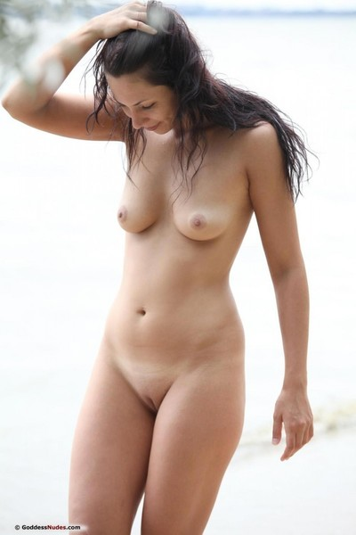 Damp nudist with a mind blasting body