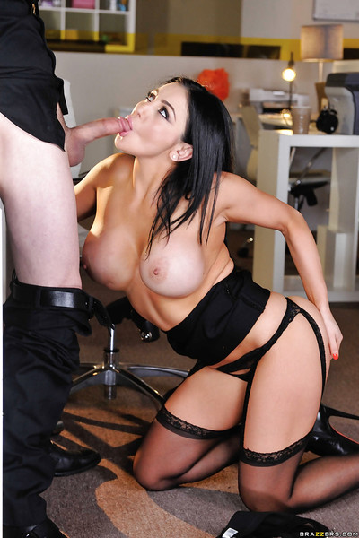 Large boobed secretary Audrey Bitoni giving a oral play at the office