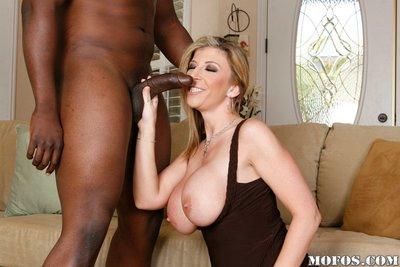 Lusty MILF Sara Jay enjoys a hardcore interracial slit banging