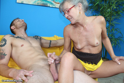 Established cock masturbating for ball batter