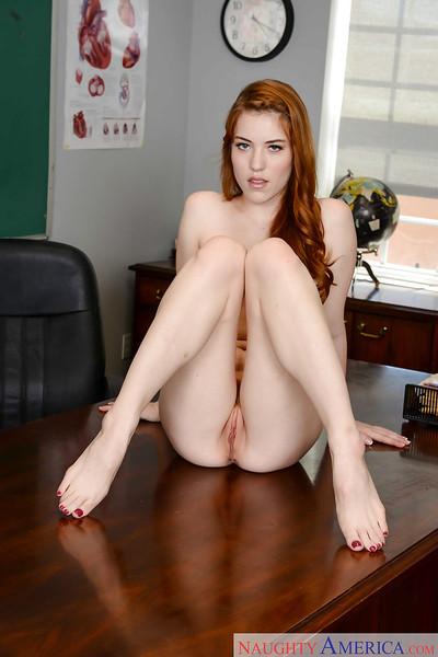 Redheaded queen Gwen Stark baring wonderful young schoolgirl anus on teacher