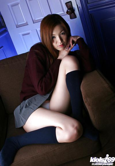 Nice-looking Chinese schoolgirl Mai Hanano striptease off her uniform