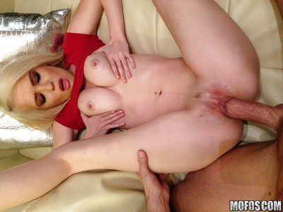 Tiffany Fox gives a oral sex and acquires her taut bawdy cleft slammed severe