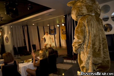 Dressed prostitute do fellatio to a Dancing bear on a hot CFNM all together