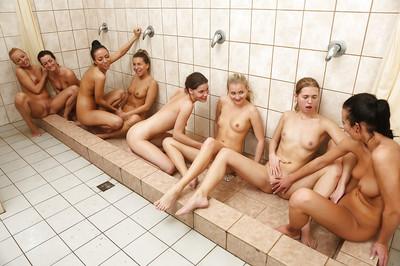 浴缸的照片