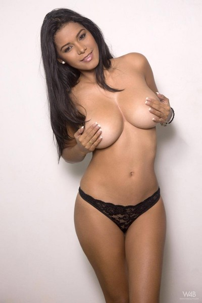 Rounded erotic brunette hair posing topless