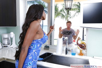 Buxom brown gal Diamond Jackson with mouthful of cock juice oozing down chin