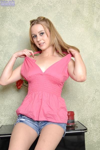 Energetic blondie in jeans underclothing erotic dancing and exposing her pink love-cage