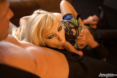 Enjoyable fairy MILF Donna Bell receives blowbanged and dualistic owned