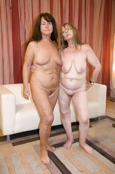 Obese nans Gusti Tschopp and Gerti Berg exposed saggy pantoons previous to ding-dong fuck